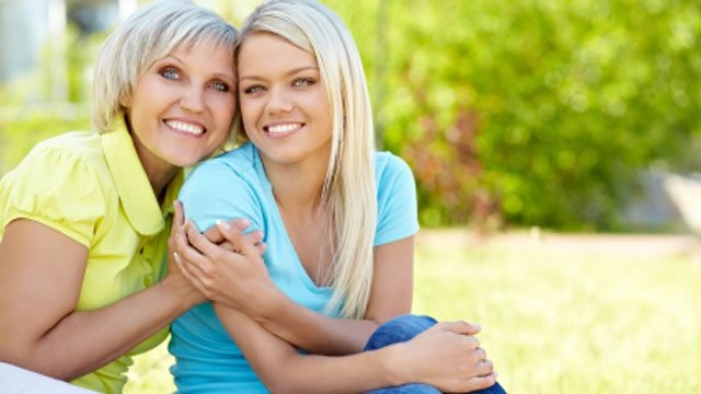 Ways to celebrate your stepmom on Mother's Day
