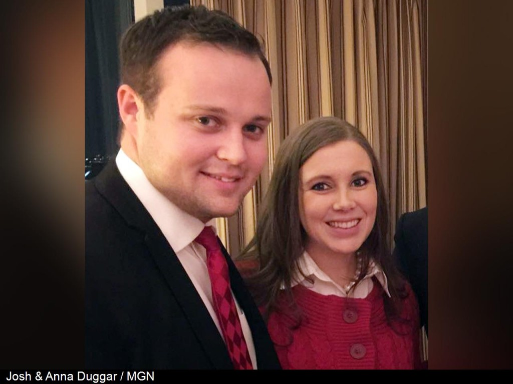 Josh Duggar enters rehab, family says