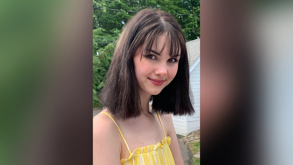 Man accused of killing internet personality pleads not guilty