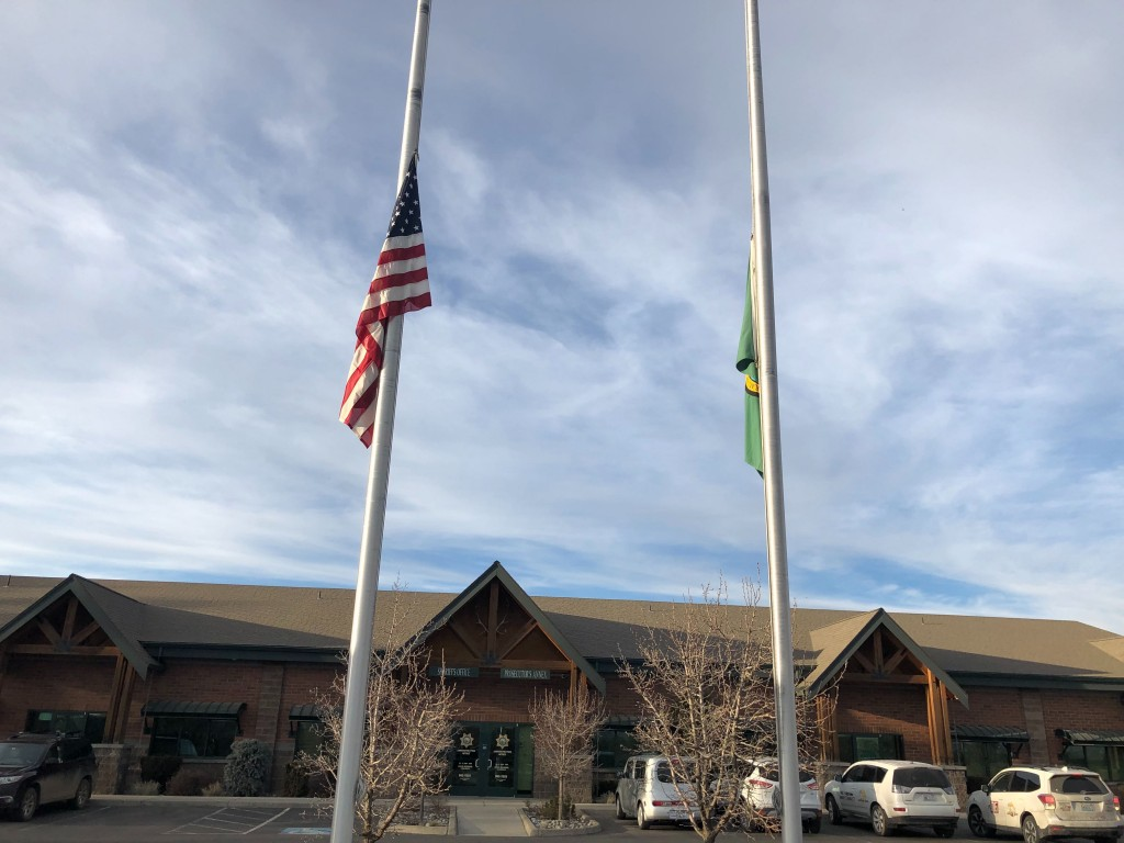 PHOTOS: Community gives outpouring support for fallen Kittitas Co. deputy.