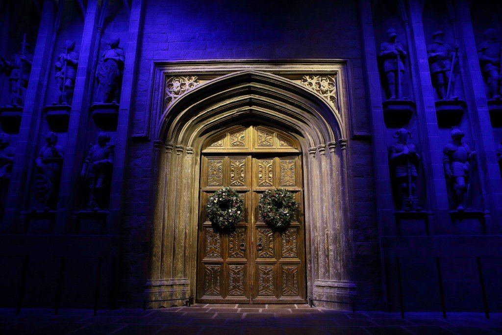 Celebrate Christmas at Harry Potter's Hogwarts
