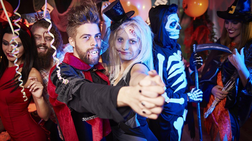 Make your Halloween bash wickedly creative