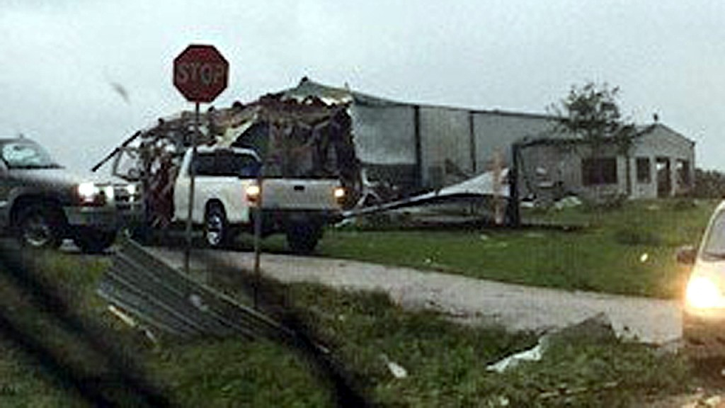Spring storms bring tornadoes across central, southern US