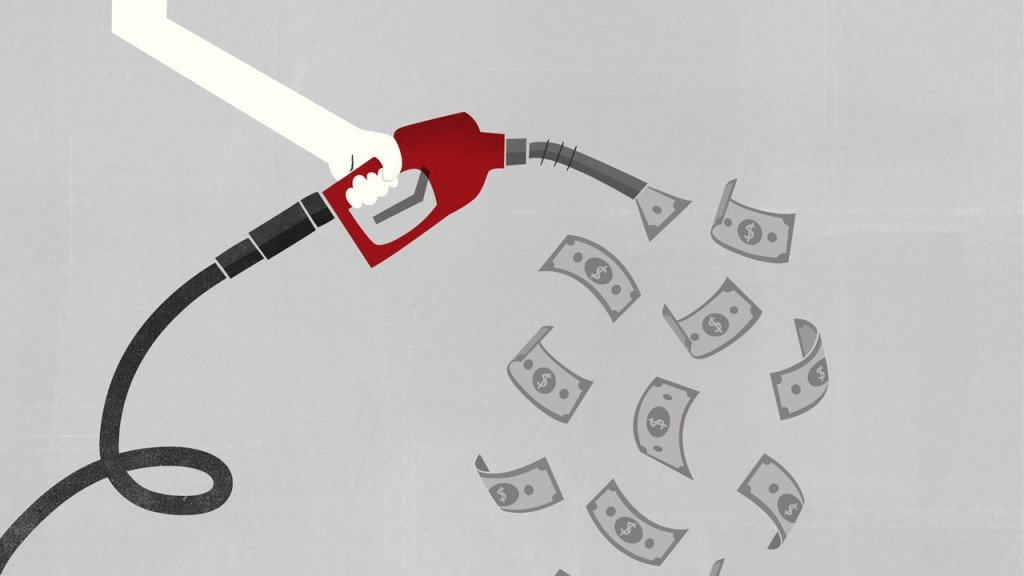 Why lower gas prices are both good and bad for the economy