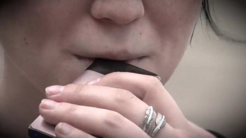 Massachusetts to temporarily ban sale of e-cigarettes, vaping products