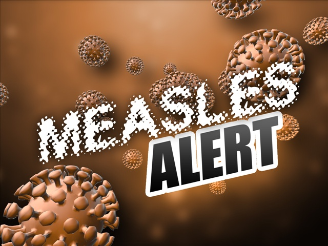 Officials: Contagious kids with measles at Portland airport