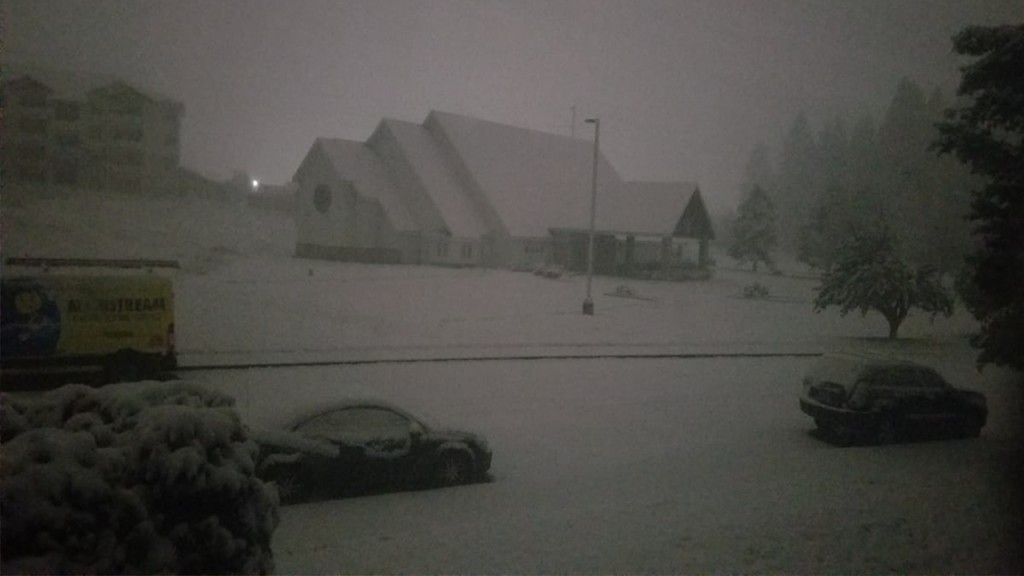 PHOTOS: Another fall snowstorm hits Spokane