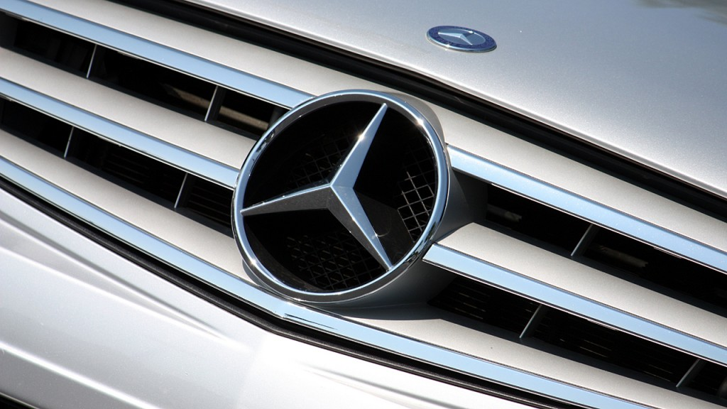 Mercedes is going after China's ride-hailing market