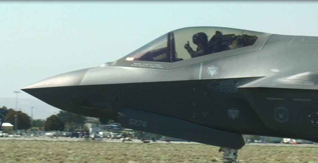 F-35 arriving in Pasco