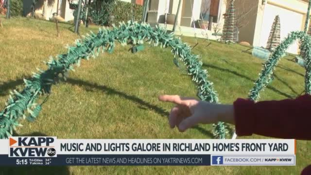 Richland Family Wows Viewers With Front Yard Display