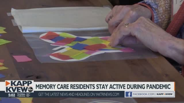 Memory Care Residents At Windsong At Southridge Stay Entertained During The Pandemic