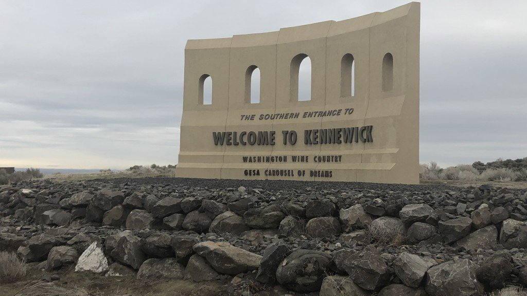 Welcome To Kennewick Sign