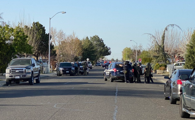 Police, SWAT search for shooting, stabbing suspect