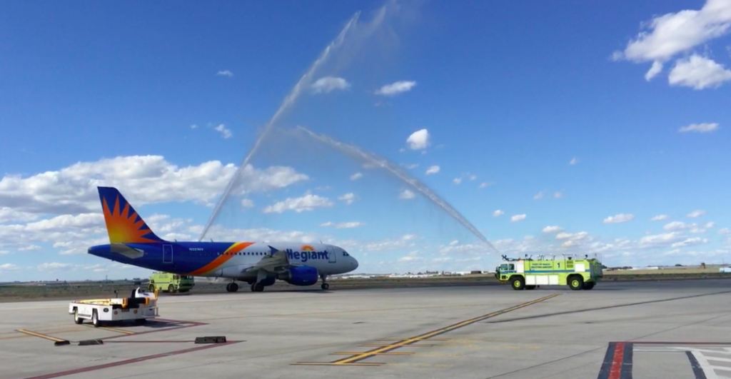 Memorial Day weekend sets off summer travel as first flight leaves Tri-Cities Airport for San Diego