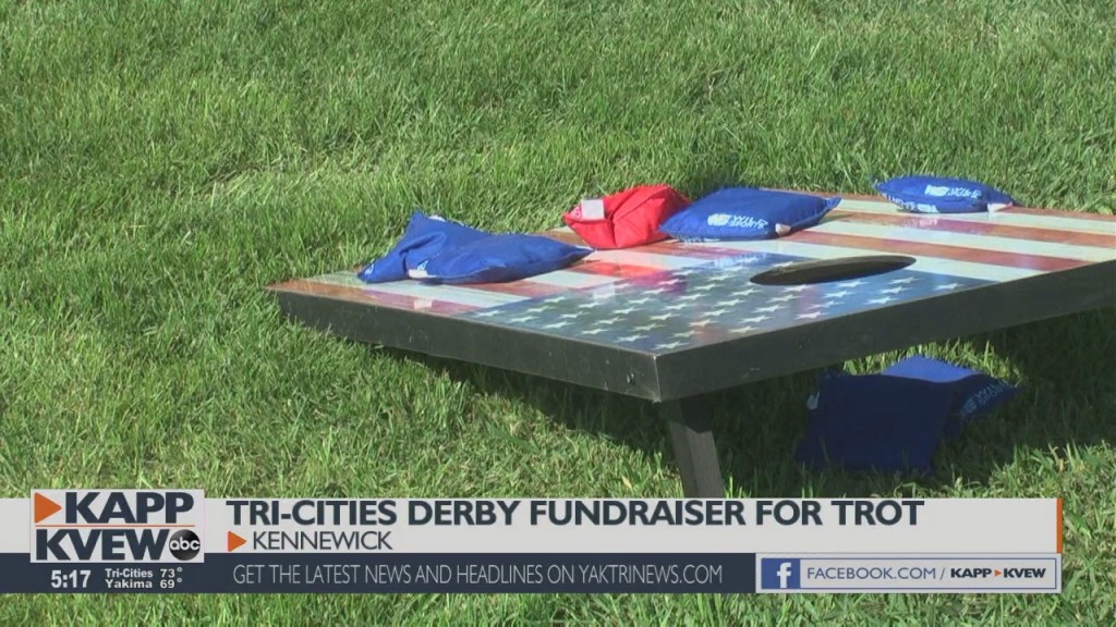 Senior Residents Celebrate The Tri Cities Derby To Benefit Trot