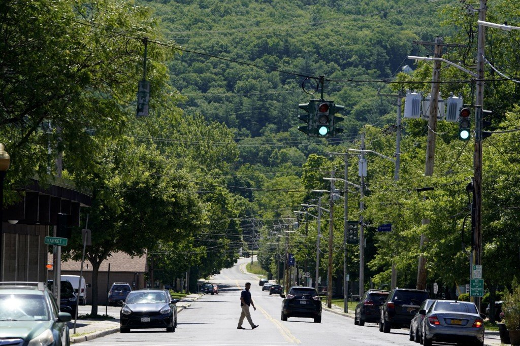 'it Lessens My Bills': $500 Payments Tested In Upstate Ny