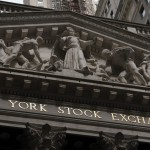 Stocks Open Mixed, S&p 500 Heads For A 3rd Weekly Gain
