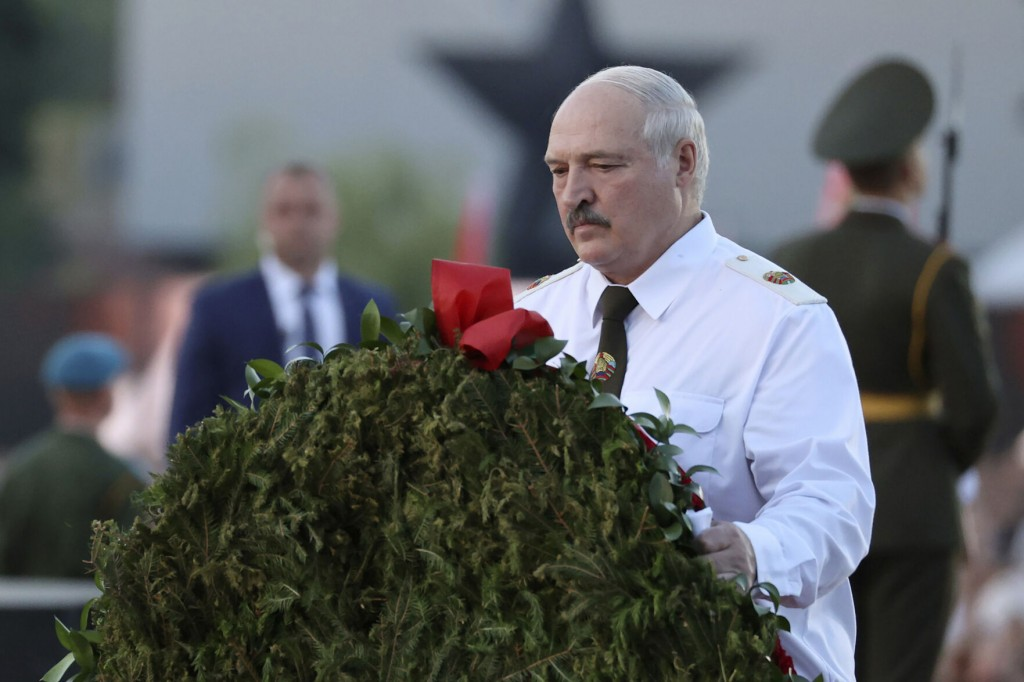 Belarus Leader: We Won't Stop Migrants From Heading To Eu