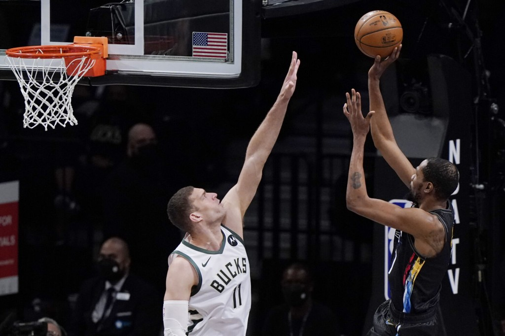 Durant's Sensational Performance Sends Nets To 3 2 Lead