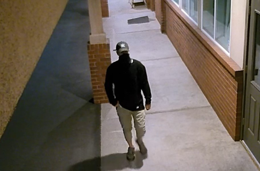 Kennewick Police release security camera footage from sports card store robbery