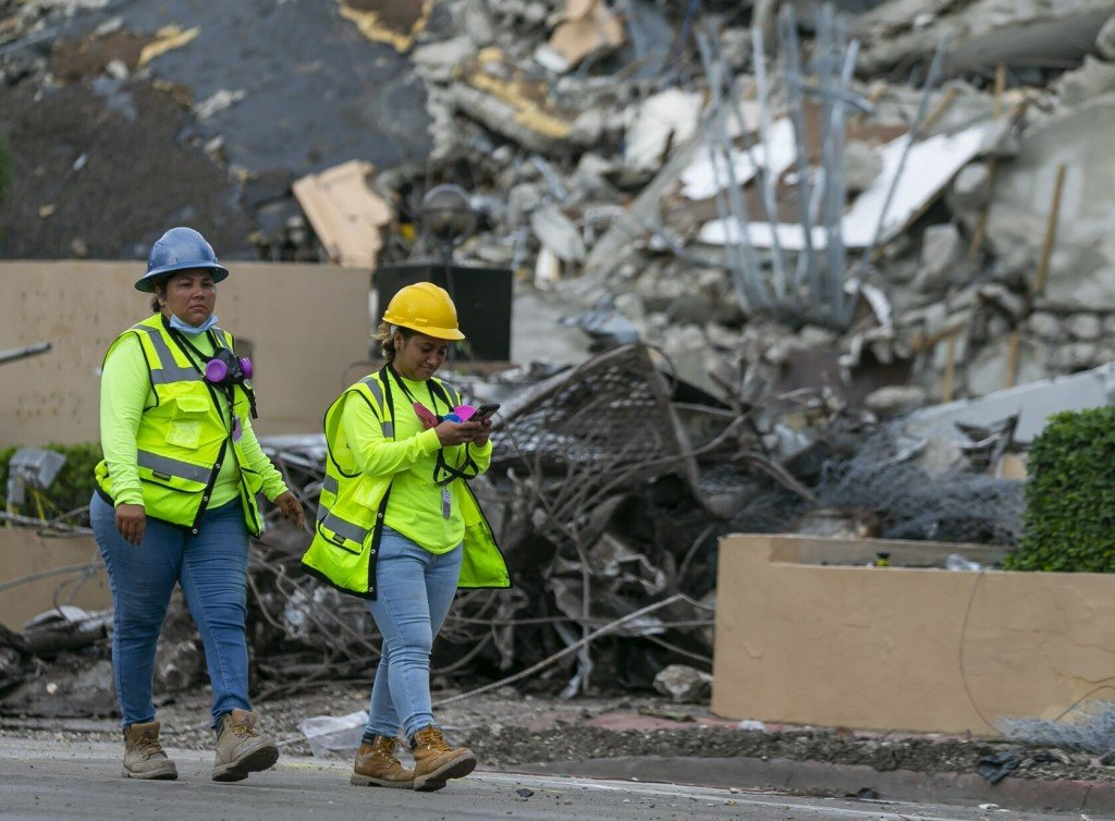 Live Updates: Death Toll In Florida Condo Collapse Now 78 After 14 More Victims Recovered