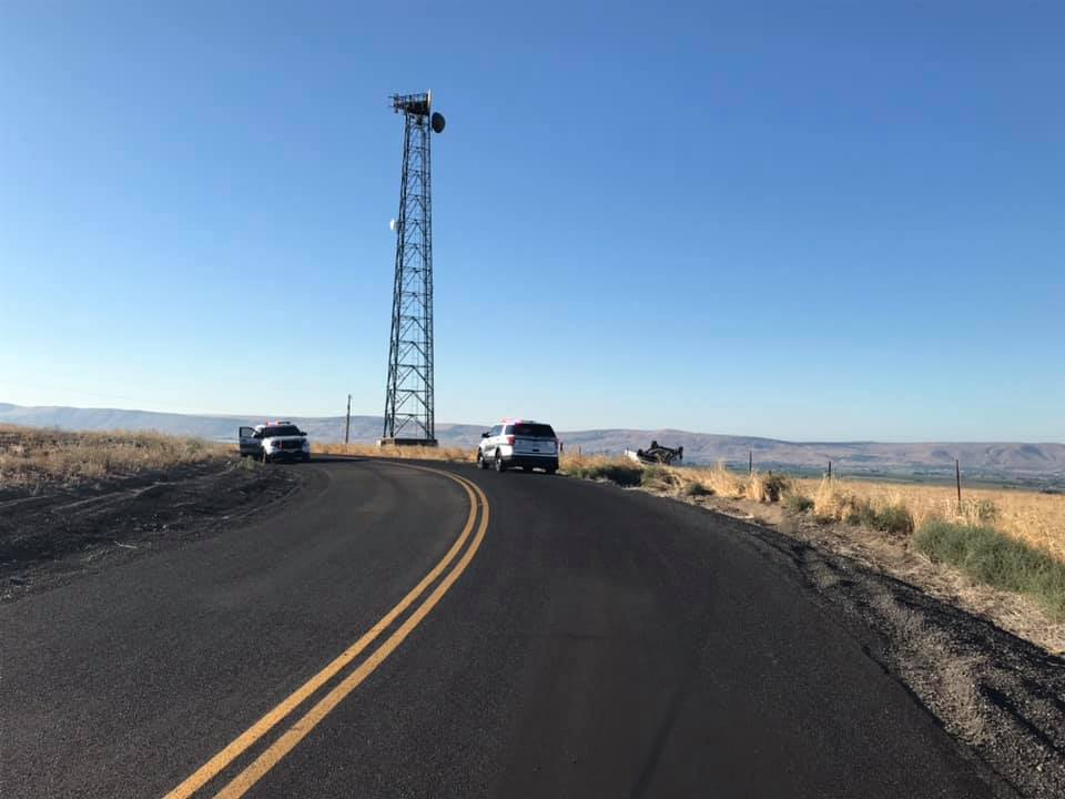 Benton County passerby reports rollover crash, driver fled the area