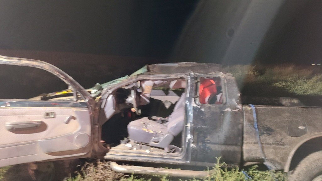 Woman seriously injured in rollover crash in Benton County
