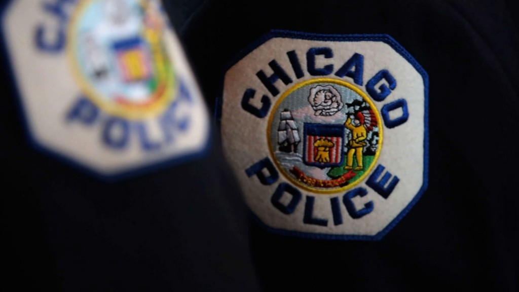 Up To Half Of Chicago Police Officers Could Be Put On Unpaid Leave Over Vaccine Dispute
