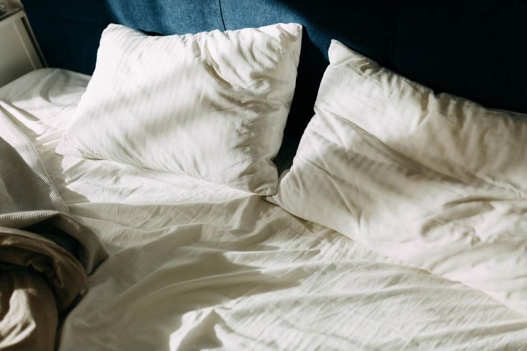 Couples Sleeping Apart Aren't Just In 'i Love Lucy' Anymore